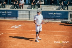 0044_TennisAndFriends_3981