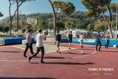 0049_TennisAndFriends_2980
